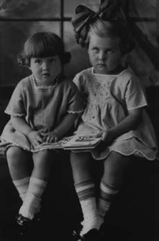 Helen and Dolores Hilback in 1923